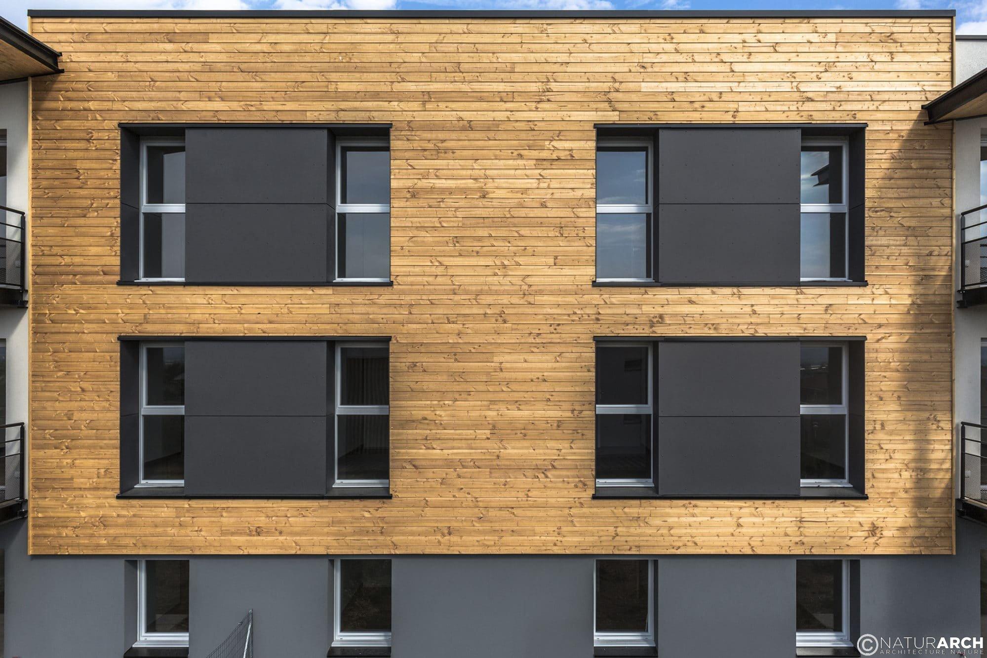 les-roses-facade-bois-naturARCH